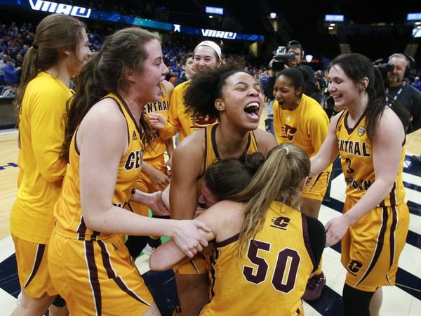 Lady Chippewas Head To Sweet Sixteen, Beats Ohio State - My 1043